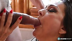 Bigtitted mature hooker has her anus destroyed