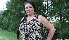 Black mature in leggings outdoor