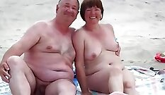 Chubby tgirl fucking mature dude out in public