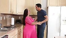 Abby fantasizes about giving her pregnant pussy what it desire