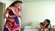 Busty Franky in peeing homemade sex tape