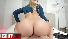 Cheating milf pounded by ffs daughters step dad