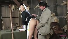 Attractive beauty sucks stretched dick of her boss Japbabe