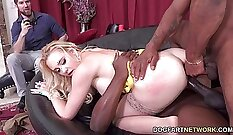 Cuckold Bull double penetration with daddies