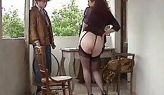 Beauty - Busty Italian in Stockings