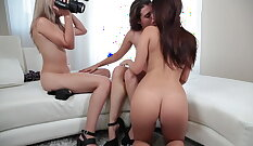 Aiko Agentuy Color Aspect lesbian licking pussy on Portuguese couch
