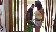 Skinny Stud Juelz Ventura Can Do Anything for His Hung Neighbor